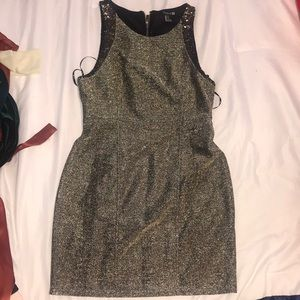 Forever 21 gold & sequined dress